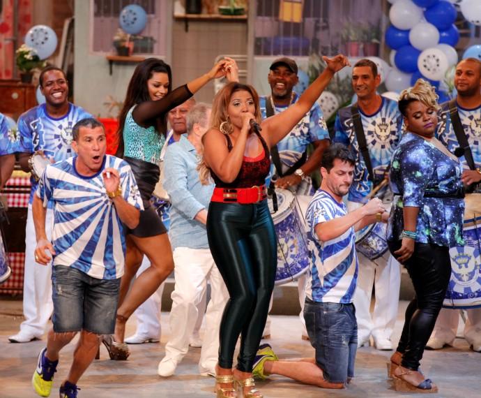 Elenco em Tomara que Caia, no episódio Esse Samba é o Bicho (Foto: Artur Meninea/Gshow)