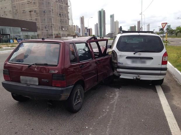 Teste confirmou embriaguez do condutor de um dos carros (Foto: Walter Paparazzo/G1)