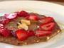 Panqueca Fit com frutas e castanhas é aposta de boa forma de Angélica e Carmo Dalla Vecchia