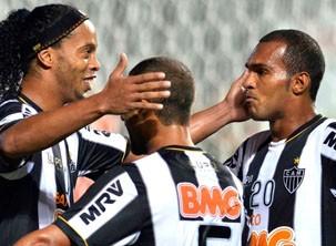 Atlético MG enfrenta o The Strongest pela Libertadores (Foto: Reuters/Reprodução: Globoesporte.com)