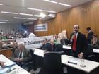 Gledston Gomes reassume como vereador em Governador Valadares