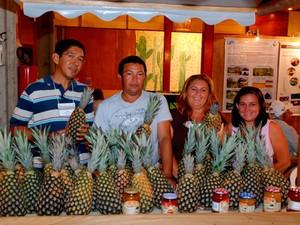 Frutos, doces e geleias de Ielmo Marinho caíram no gosto dos visitantes (Foto: Marco Polo)