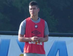 Lucas Olaza, Atlético-PR (Foto: Monique Silva)