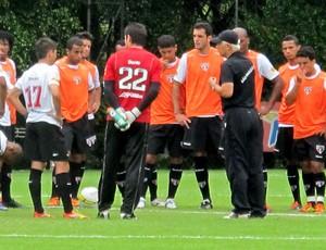 leão são paulo treino (Foto: Daniel Romeu / Globoesporte.com)