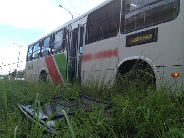 Imagens do circuto interno do ônibus vão ajudar a elucidar o crime (Foto: Walter Paparazzo/G1)