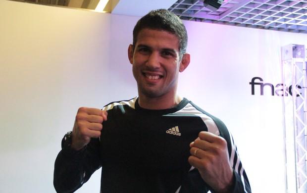 Léo Santos UFC (Foto: Rodrigo Malinverni)