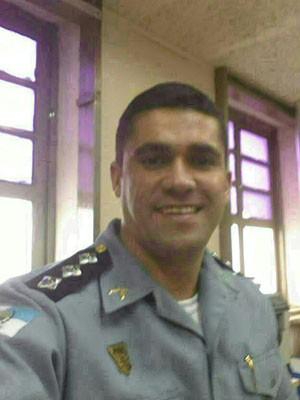 Comandante da UPP Nova Brasília morreu após tiroteio  (Foto: Divulgação/Polícia Militar)