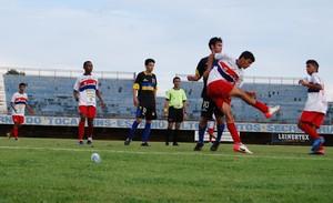 A final do sub-19 em 2013 foi disputada entre Palmas e Araguaína (Foto: Inez Freitas/FTF)