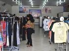 Para melhorar vendas lojas abrem aos domingos em Ji-Paraná, RO