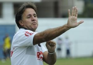 Wagner Oliveira, técnico do Estrela do Norte (Foto: Carlos Alberto Silva/A Gazeta)