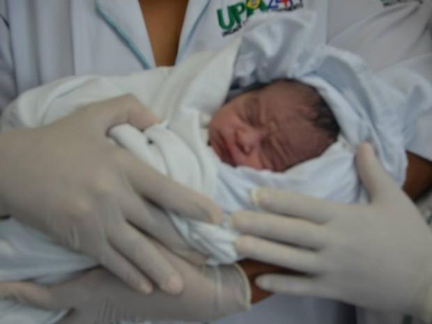 Bebê foi o primeiro a nascer na UPA Anatólio Dias Carneiro, em Araguaína (Foto: Projeto Araguaína/Divulgação)