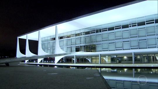 Serra pede demissão do Ministério das Relações Exteriores