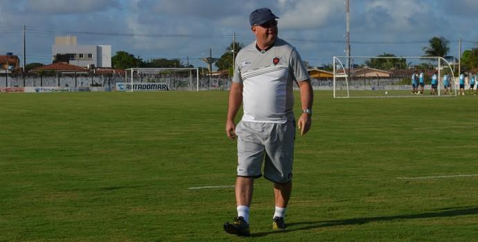 Marcelo Vilar, treinador do Botafogo-PB (Foto: Lucas Barros / GloboEsporte.com/pb)