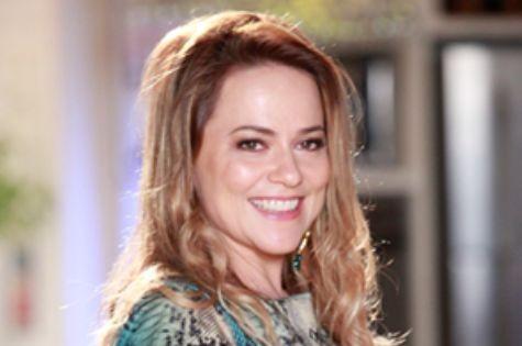Vivianne Pasmanter, a Shirley de 'Em família' (Foto: Divulgação/TV Globo)