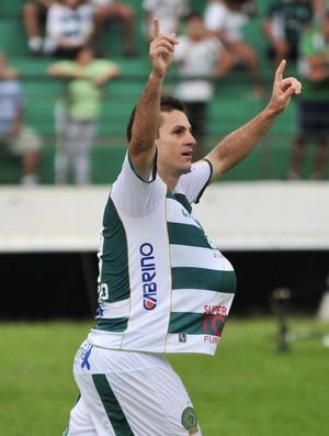 Fumagalli comemora segundo gol do Guarani contra o Palmeiras (Foto: Rodrigo Villalba / Memory Press)
