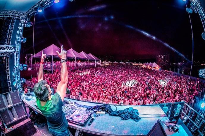 DJ Thiago Mansur tem feitos apresentações em vários países (Foto: Arquivo Pessoal)