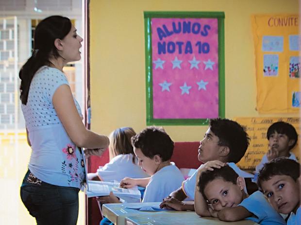 EXEMPLO AIunos de escola municipal em Sobral. O modelo de sucesso da rede municipal de ensino  foi reproduzido em todo o Estado  (Foto: Jarbas Oliveira/ÉPOCA)