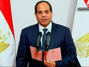 Abdel Fattah al-Sisi toma posse como novo presidente do Egito na Suprema Corte Constitucional do Cairo neste domingo (8) (Foto: REUTERS/Egyptian State Television via Reuters TV )