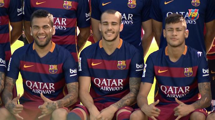 Daniel Alves Neymar foto oficial Barcelona 2015 2016