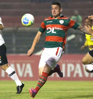 Jocinei e Lucas Crispim, Portuguesa X Vasco (Foto: Rodrigo Gazzanel / Agência estado)