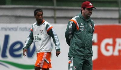 Enderson e ronaldinho treino fluminense (Foto: Nelson Perez/ Fluminense FC)