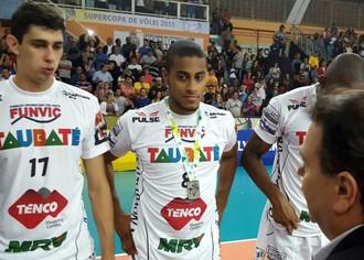 Supercopa de Vôlei, Cruzeiro x Taubaté, Lucarelli (Foto: Rodolfo Quaranta / TV Tem)
