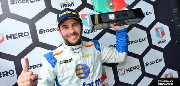 Ricardinho Mauricio #90 pole na última etapa da Stock Car em Interlagos (Foto: Duda Bairros/Vicar)