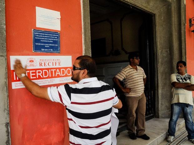 Termo de regularidade do Corpo de Bombeiros da casa está cassado (Foto: Divulgação/Carlos Augusto/PCR)