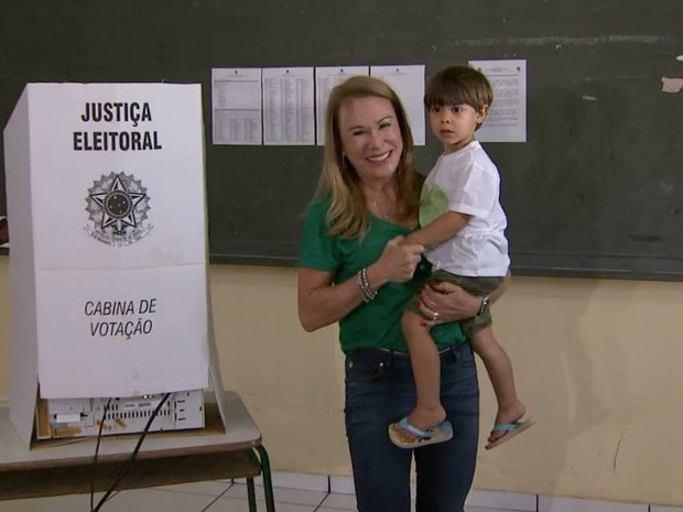 Teresa (PMDB) é reeleita prefeita de Boa Vista  (Foto: Reprodução/Rede Amazônica)