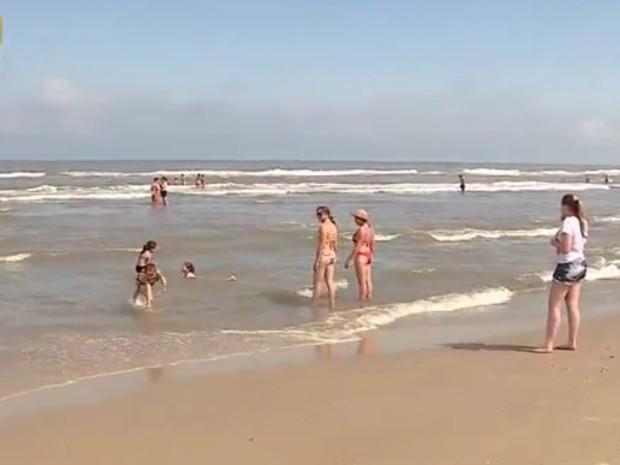 Praias do Litoral Norte do RS estão próprias para banho (Foto: Reprodução/RBS TV)