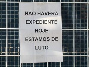 Funcionários de unidade de saúde afirmaram estar de luto por morte de agente, no Espírito Santo (Foto: Reprodução/ TV Gazeta)