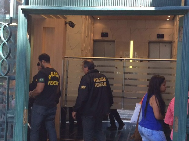 PF cumpre mandados na sede da OSX em nova fase da Operação Lava Jato (Foto: Fernanda Rouvenat / G1)