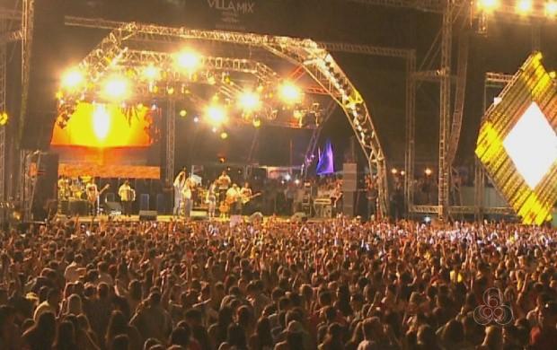 Villa Mix atrai milhares de pessoas nesta sexta-feira (11) em Boa Vista (Foto: Roraima TV)