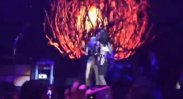 Katy Perry e John Mayer (Foto: Reprodução / Youtube)