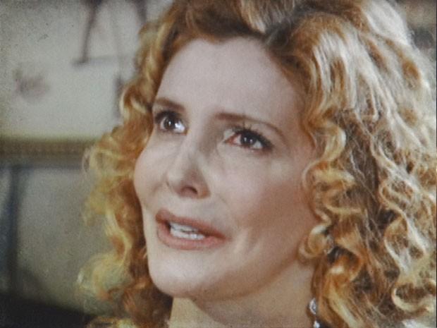 Diva sofre ao tentar se explicar com Luciano (Foto: Lado a Lado/TV Globo)