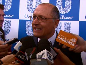Governador Geraldo Alckmin minimizou situação crítica na Bacia do Alto Tietê (Foto: Reprodução/EPTV)