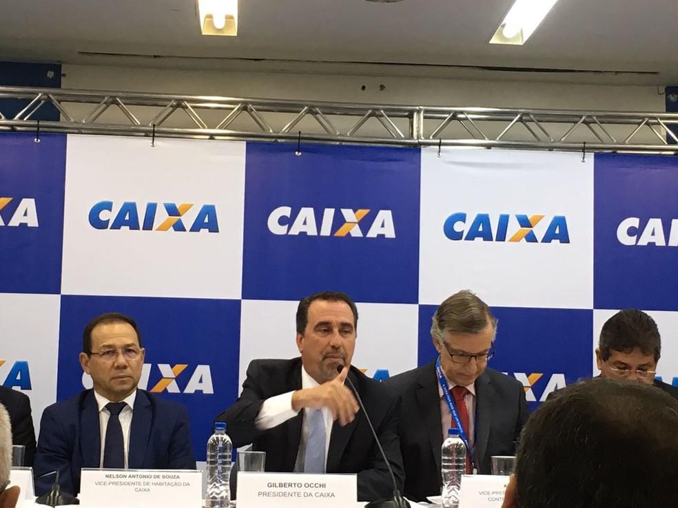 Presidente da Caixa Gilberto Occhi, durante coletiva de imprensa de apresentação do balanço de 2016. (Foto: Marta Cavalini/G1)