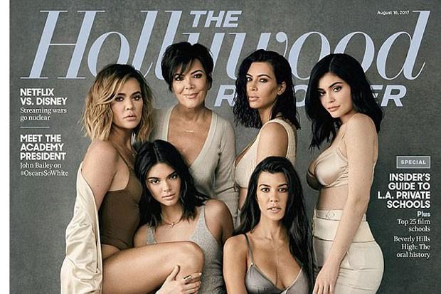 A capa com as irmãs Kardashian (Foto: Reprodução Instagram)