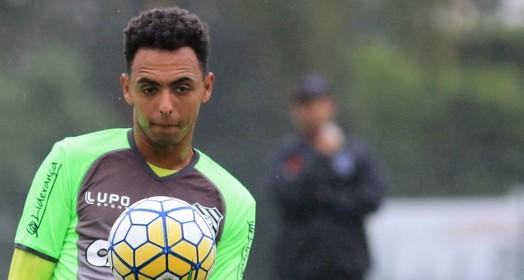 de fora (Luiz Henrique/Figueirense FC)