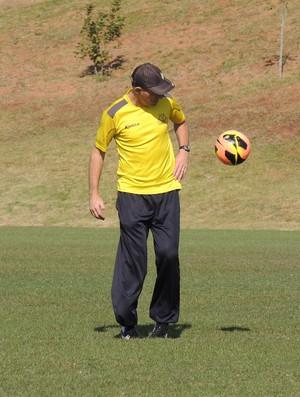 Silvio Criciúma auxliar técnico Criciúma (Foto: João Lucas Cardoso)