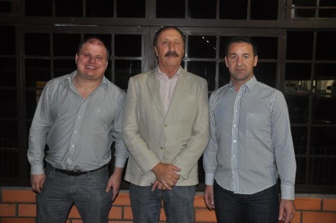 Vinicius Girardi, Edio Salton e Valmir da Silva, União Frederiquense (Foto: Divulgação/União)