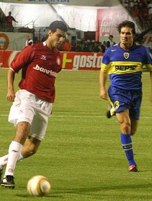 Elder atuando pelo Inter na Libertadores de 2006 (Foto: Divulgação)