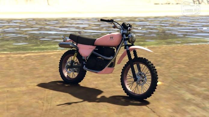 A moto Dinka Enduro aparece como mais uma opção para explorar fora das cidades (Foto: Reprodução/GTA-Series)