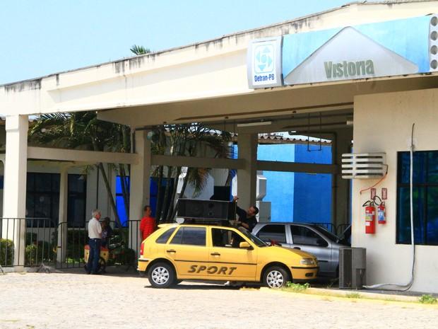 Detran-PB vai fazer agendamento para vistoria (Foto: Rizemberg Felipe/Jornal da Paraíba)