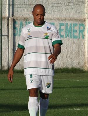 Coruripe Denilson (Foto: Leonardo Freire/GloboEsporte.com)