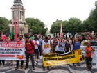 Protesto contra governo Temer reúne grupos no Centro de Manaus