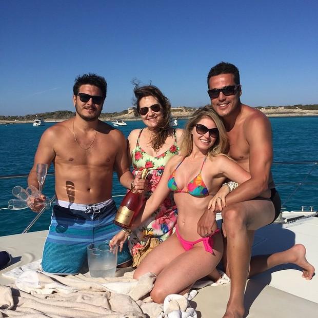 Susana Werner, Júlio César e amigos (Foto: Instagram / Reprodução)