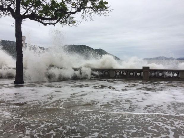 Previsão de ressaca se antecipou para sexta-feira (28) (Foto: Solange Freitas/G1)