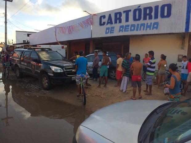 Autor de disparos deixou cartório antes da chegada da polícia (Foto: Divulgação / PM)