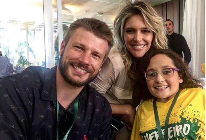 Ridrigo Hilbert, Fernanda Lima e nadadora paralímpica Esthefany Rodrigues (Foto: Reprodução/Instagram)